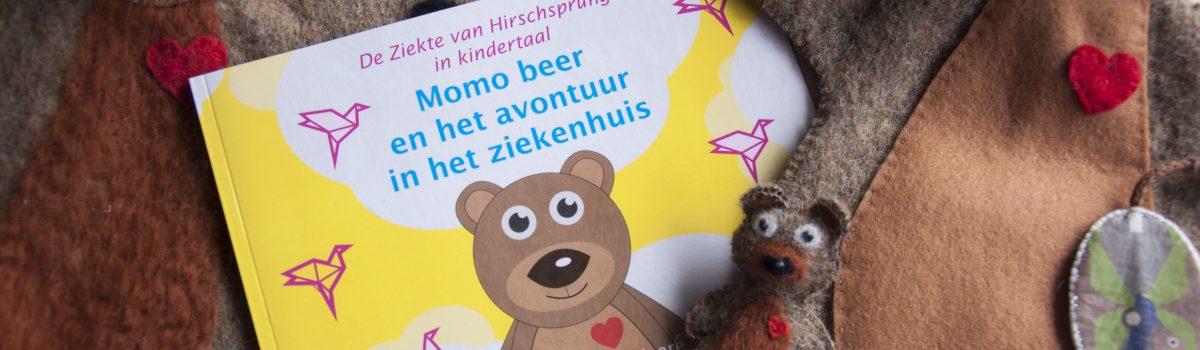Momo de beer en het avontuur in het ziekenhuis